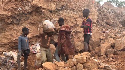 Saubere Autos, schmutzige Batterien - Kobaltabbau im Kongo  